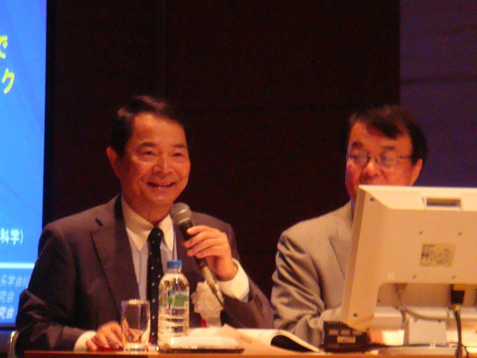 座長の谷本先生,吉野先生