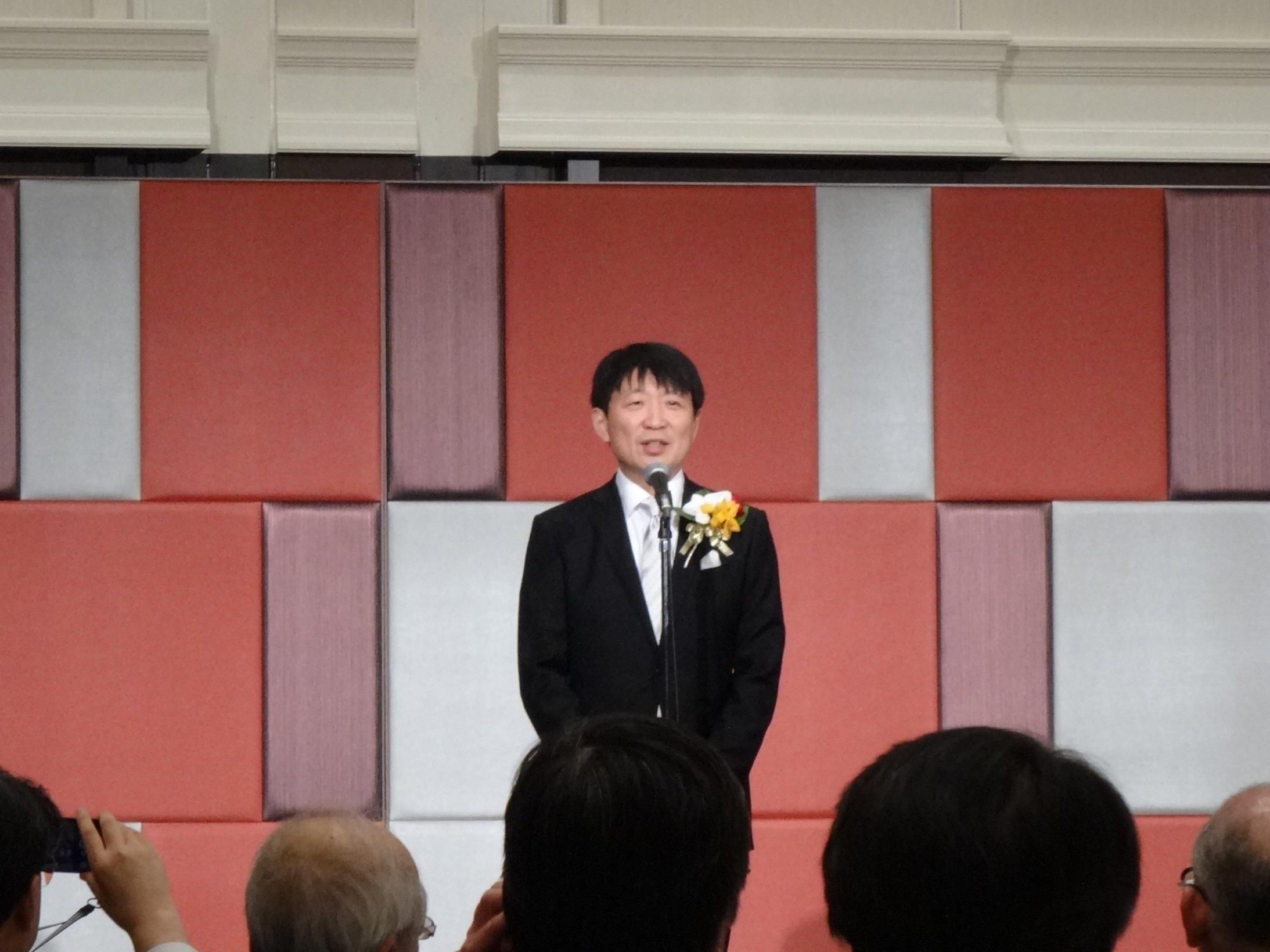 辻晃仁先生