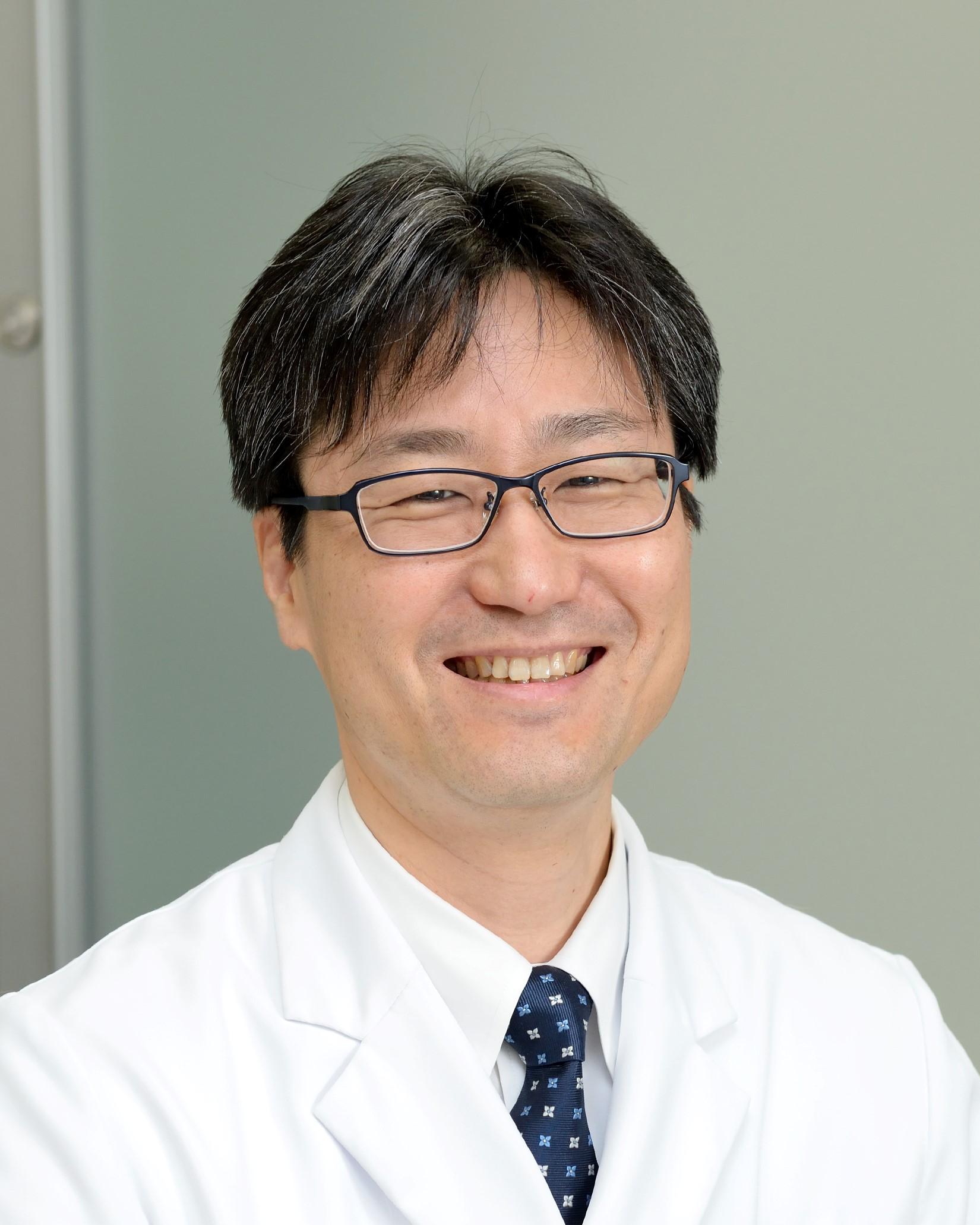 前田嘉信教授