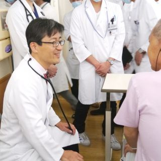 前田嘉信教授総回診1